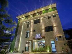 Beachwood Hotel & Spa, Maldives