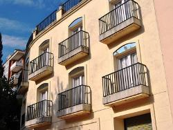 Apartments Ar Monjardi